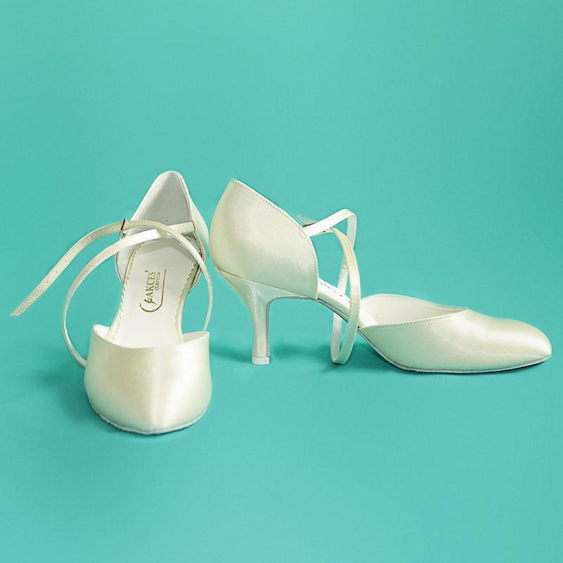 157199d7b EU39 Tanečné topánky AKCES PS is ekru satén 7 cm Slim   Tanečné ...